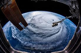 NASA nos muestra un impresionante vídeo del Huracán Florence desde la EEI