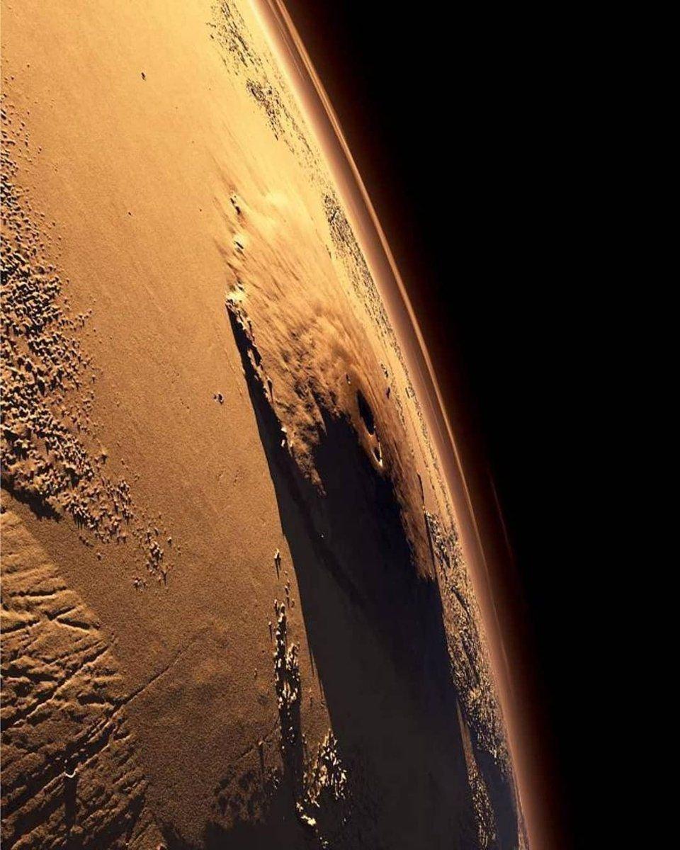 Monte Olimpo, el techo del Sistema Solar