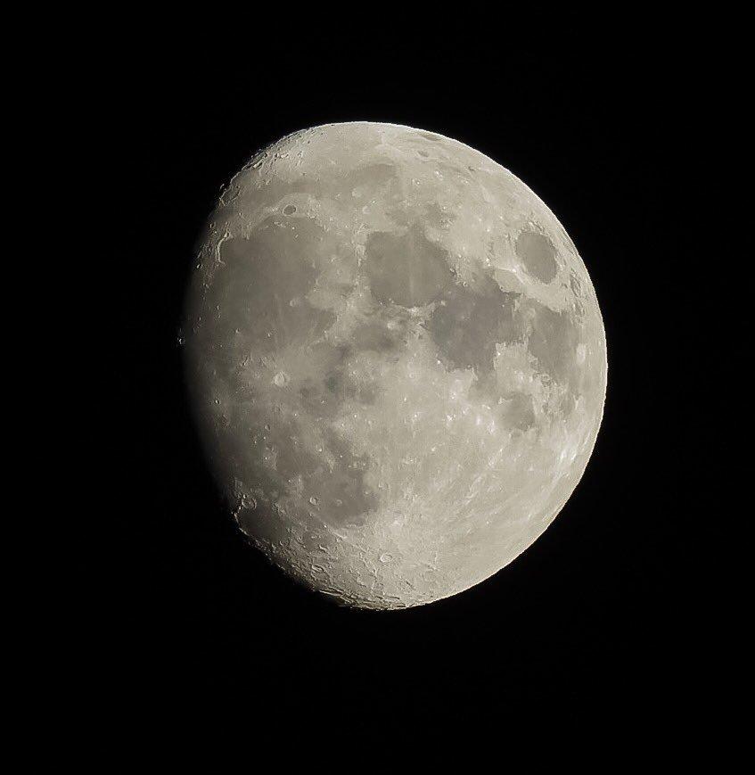 La Luna 8/11/2019