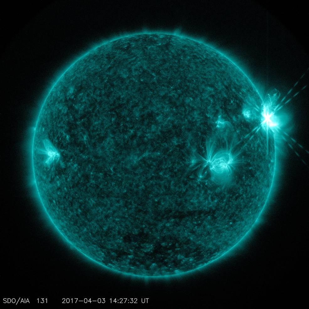 Trío de llamaradas solares