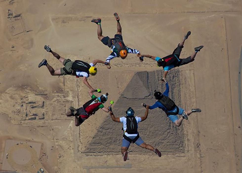 Paracaidismo sobre las Pirámides de Egipto