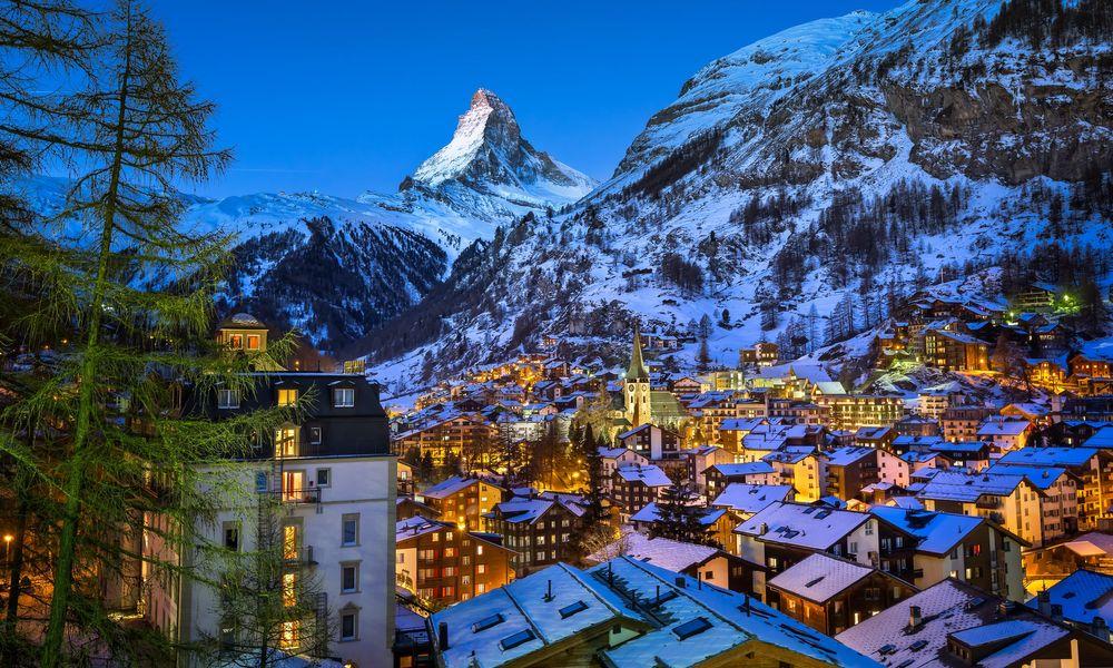 Zermatt es uno de esos pueblos de postal a los que solo se llega en tren