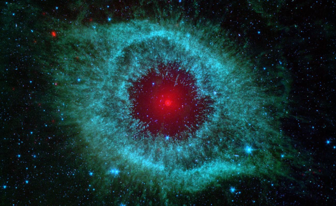 Una estrella binaria en la 'pupila' de Sauron
