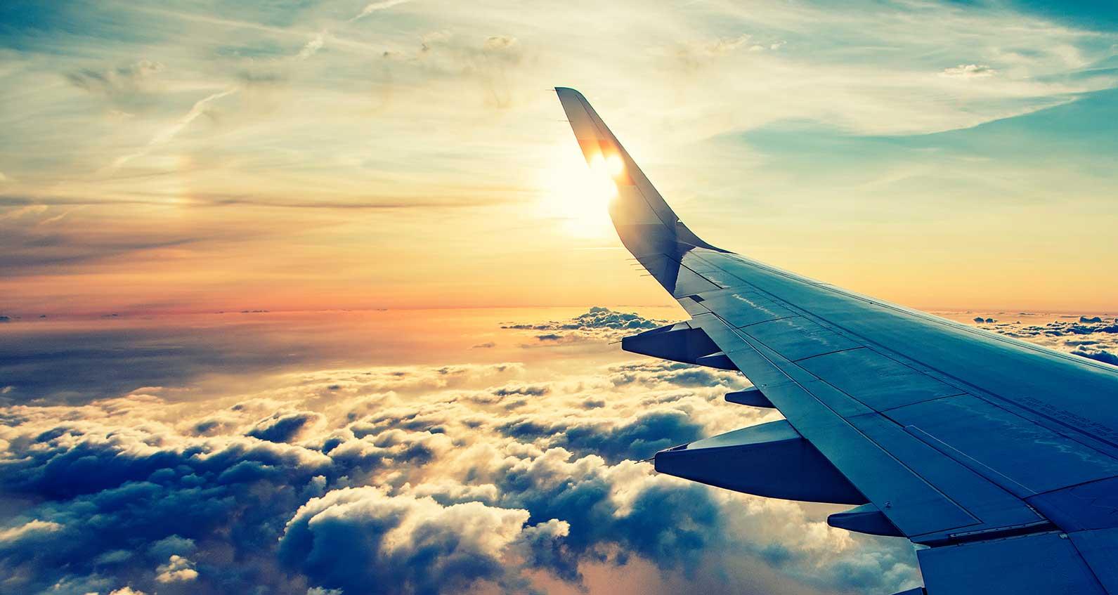 ¿Puede un meteorito impactar contra un avión comercial?