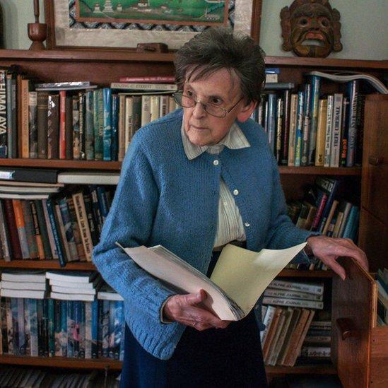Elizabeth Hawley, la legendaria cronista del Himalaya