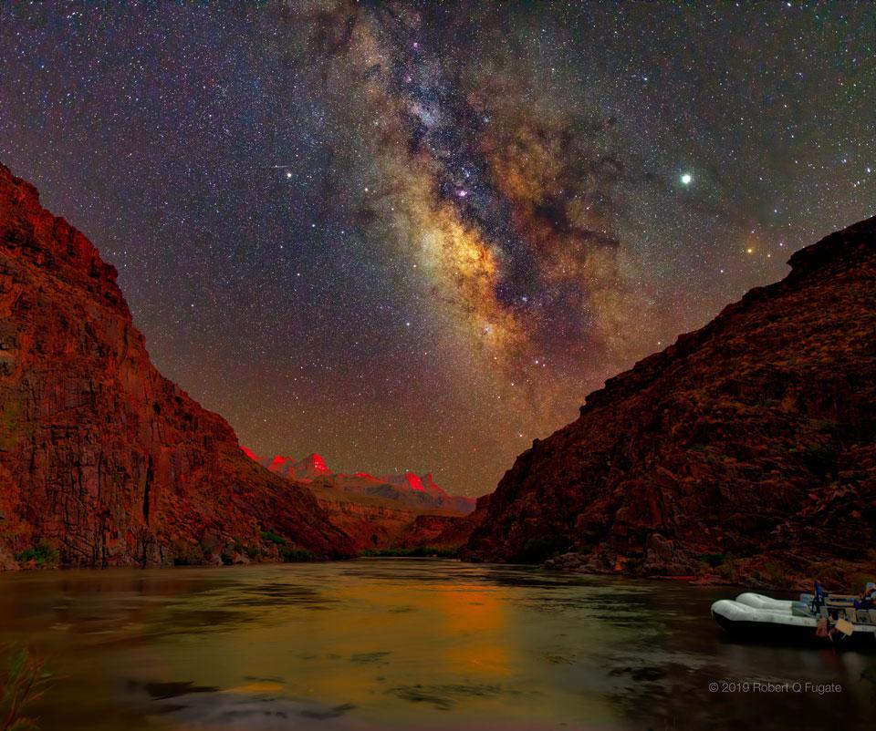 El cielo del atardecer sobre el Gran Cañón