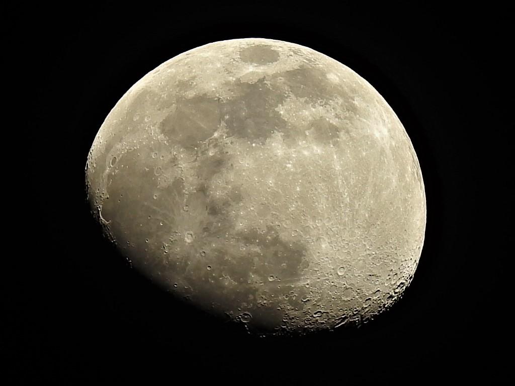 La Luna Hoy 03/05/2020