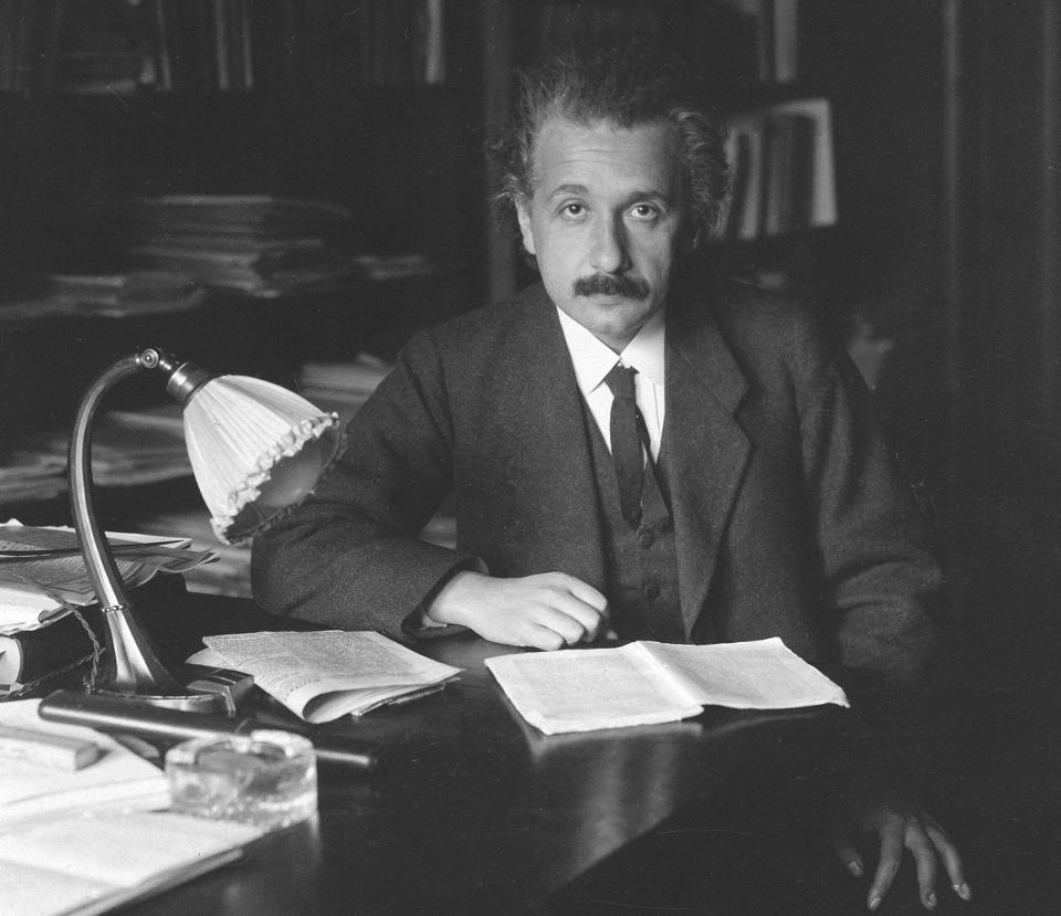 Los dos errores de Einstein