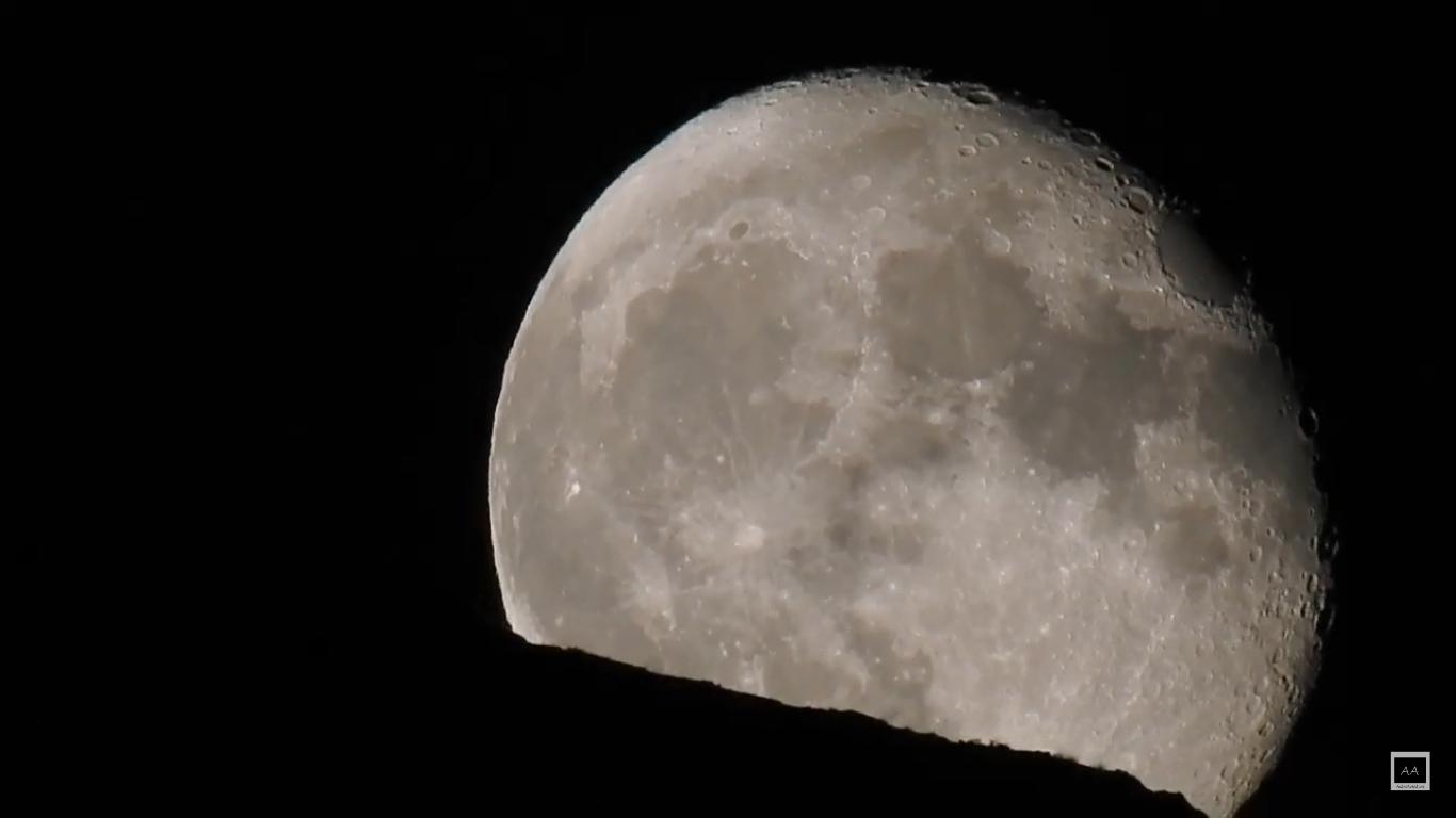 Time lapse de la salida de la Luna