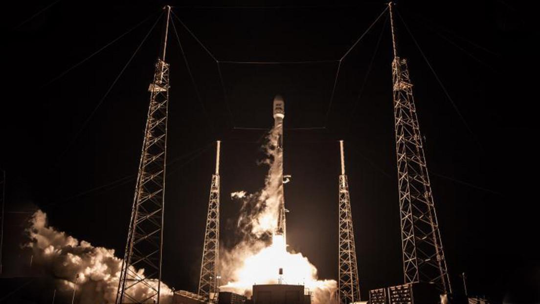 Space X lanza el Falcon 9 con 57 satélites Starlink