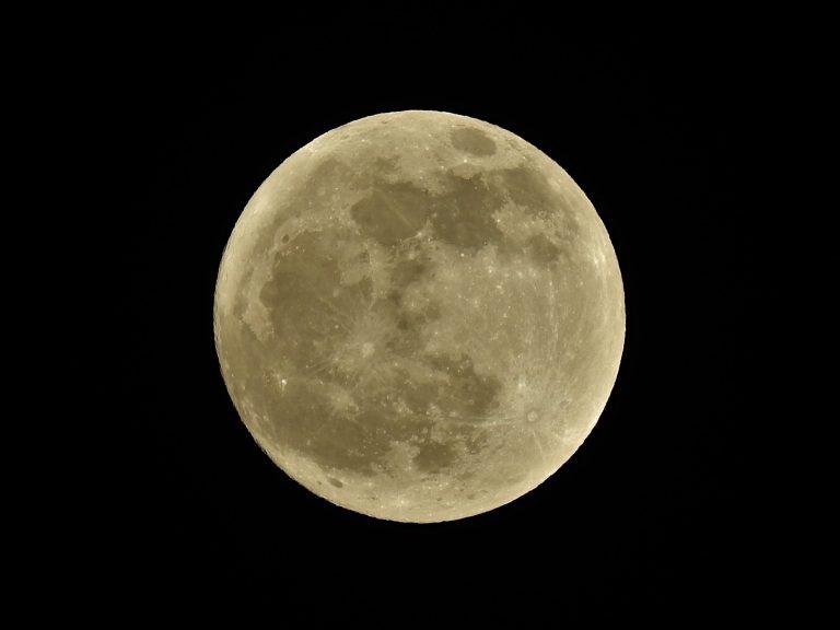 La Luna hoy: Luna llena de esturión