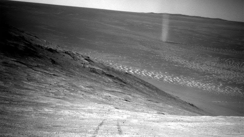 Vídeo: Curiosity graba un «diablo de polvo» en Marte