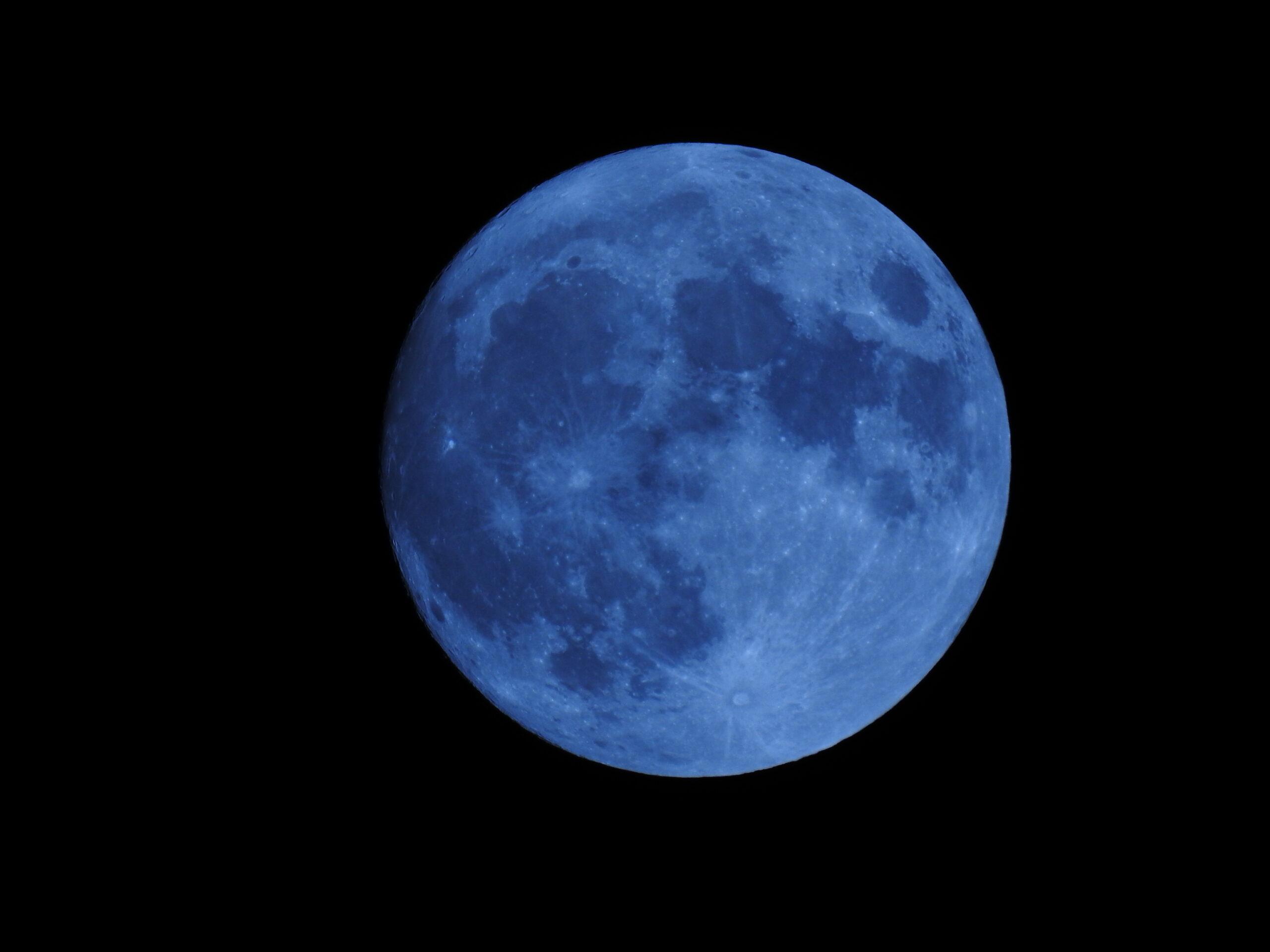 La Luna Hoy: la Luna llena azul