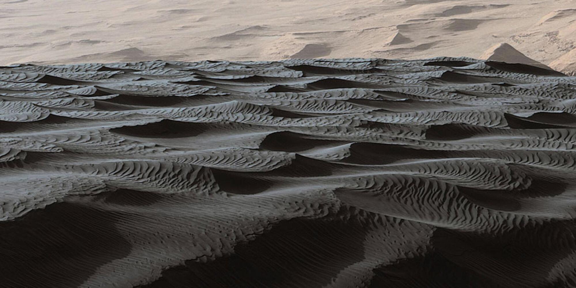 NASA presenta impresionantes imágenes de las dunas de Marte